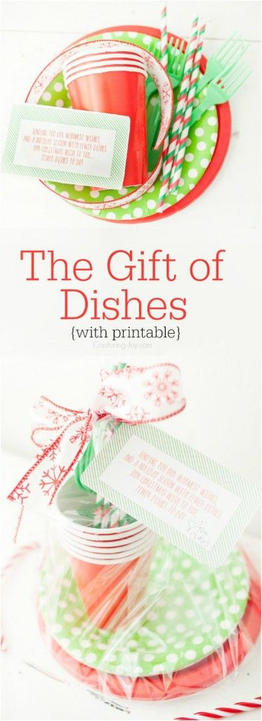 The gift of no dishes: Christmas neighbor gift idea, with free printable.  Along with 29 other neighbor gift ideas.
