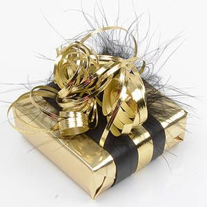 Luxury Wrapping! Gold Wrapping with Feathers.