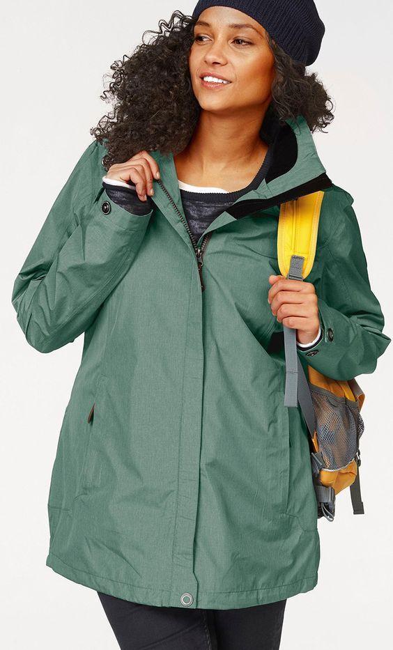 Mit dieser Jacke kommst du auch durch den Monsun. Das wasserdichte und windtaugliche Material der Killtec Funktionsjacke macht's möglich.