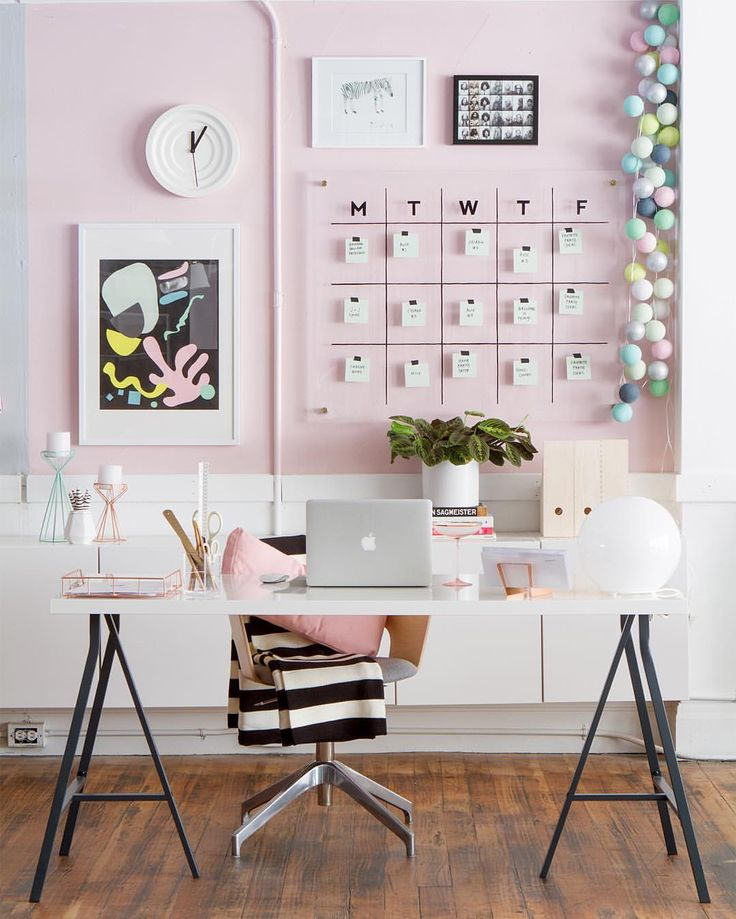 Modern pink, white and black home office workspace decor. Pastel home office. Ikea desk. Love the clear calendar.