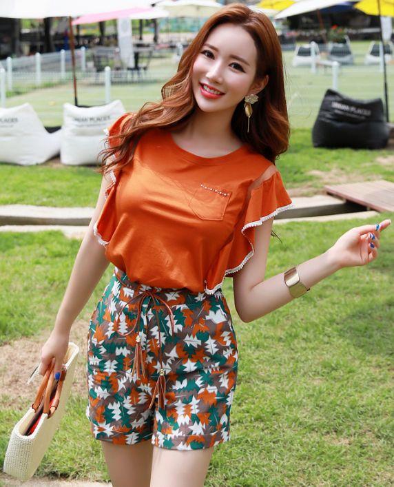 StyleOnme_Abstract Leaf Print High-Waisted Shorts #shorts #koreanfashion #kstyle #kfashion #dailylook summertrend