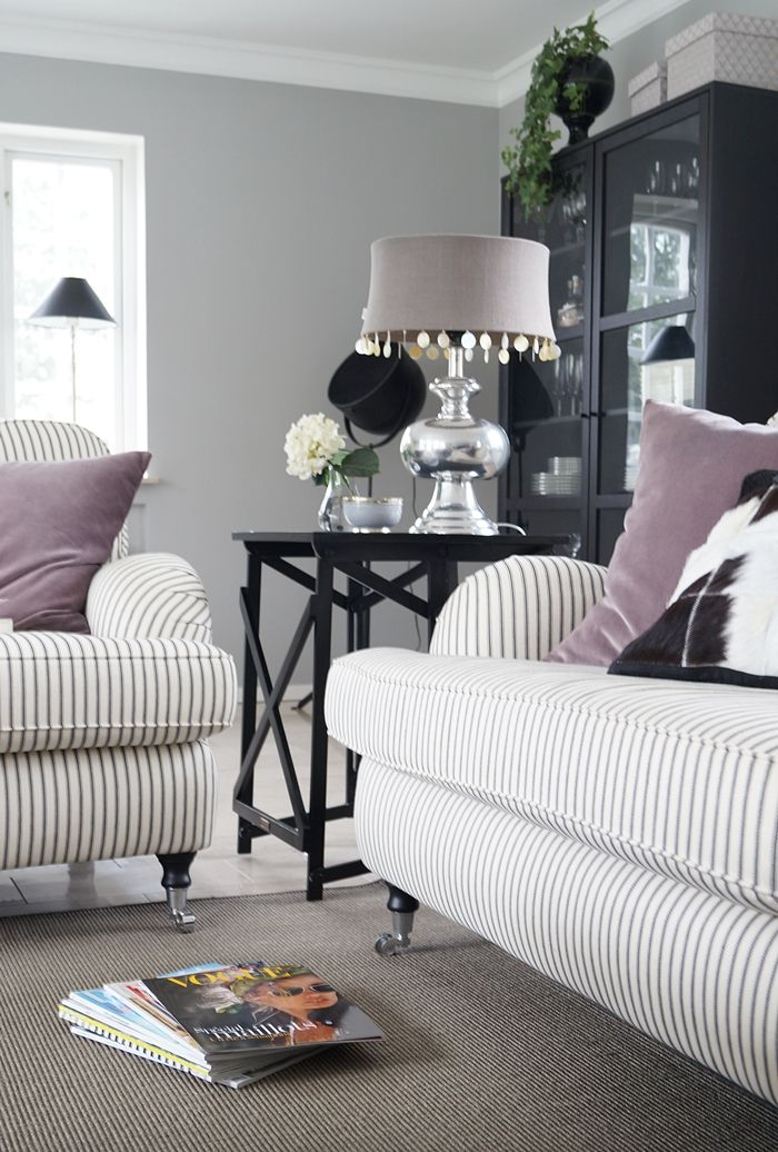 Love this color scheme for a living room