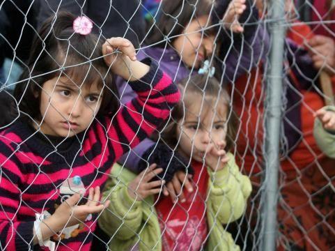 Minorenni migranti scomparsi nel nulla, forse vittime di pedofili. L'Europa sta a guardare.