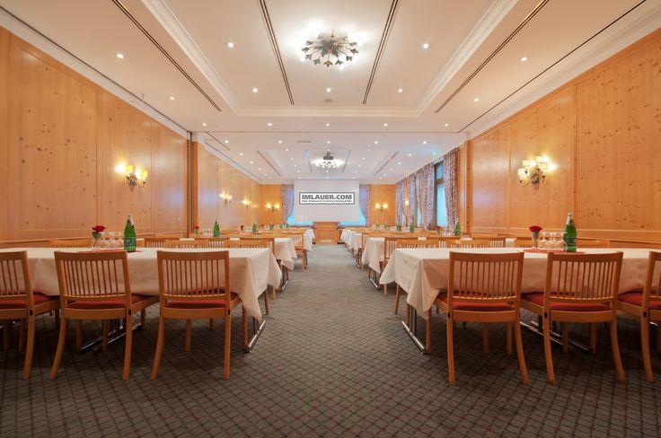 https://flic.kr/s/aHskwEjRQb   Braurestaurant IMLAUER   Das Beste der österreichischen Küche können Sie im angeschlossenen Braurestaurant IMLAUER genießen. Deftige und süße Köstlichkeiten in gemütlicher Atmosphäre werden Ihnen 365 Tage im Jahr zu einem kühlen Stiegl Bier serviert. Für geschäftliche und private Events ist der Festsaal, mit Platz für bis zu 250 Personen, bestens geeignet. Die mobile Bühne, eine Tanzfläche und die komplette Veranstaltungstechnik bilden die Basis für einen…