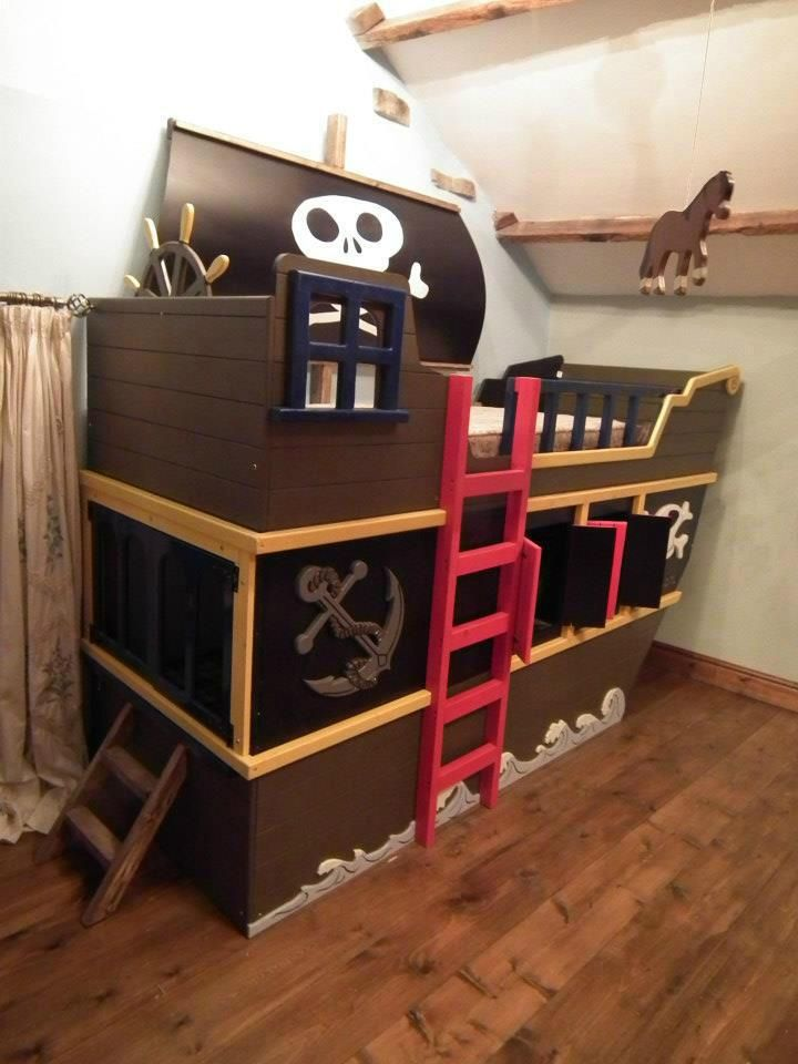 Pirate ship bunk bed :-) www.facebook.com/dreamcraftfurniture i swear I will build this one day!