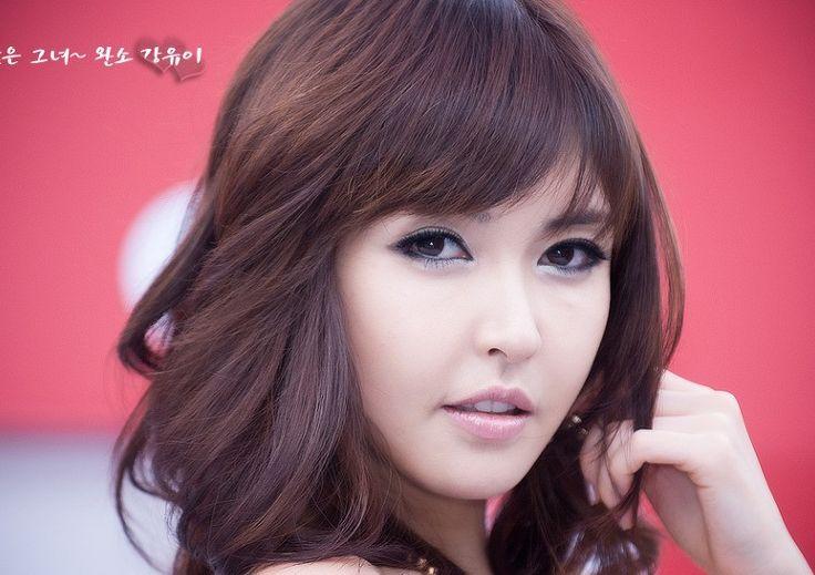 Kang Yoo Lee.