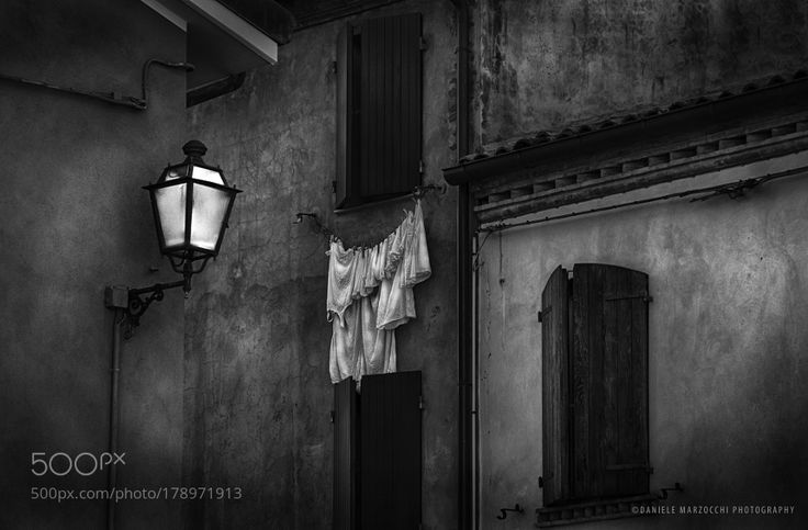 Le lenzuola bianche by DanieleMarzocchi