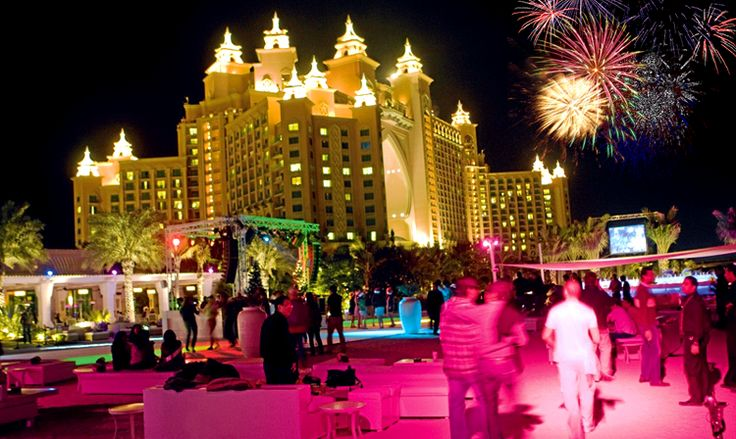 Top 5 Best Places in Dubai to Eat & Celebrate New Year in Dubai