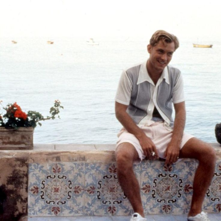 Jude Law demonstrates elegant Amalfi coast style in A Talented Mr Ripley