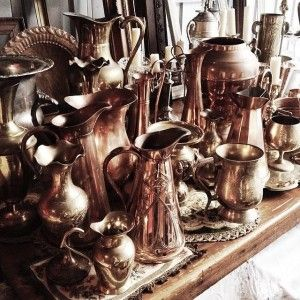 We have so many beautiful jugs, vases, goblets in copper, brass or silver. And they all look great together on a table - no need to pick just one!