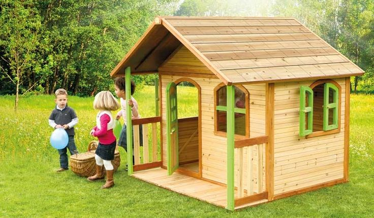 Das Holzspielhaus Svenja ist aus robusten FSC-zertifizierten Zedernholz hergestellt. Das Kinderhaus wurde von TÜV-Nord geprüft und überzeugt durch seine hochwertige Qualität. Für den eignen Familiengarten darf ein Holzkinderhaus nicht fehlen. Das Spielhaus ist in den Maßen 180 x 180 x 175 cm verfügbar. Diese und weitere Spielhäuser aus Holz finden Sie unter http://www.meingartenversand.de/spielgeraete/spielhaeuser.html