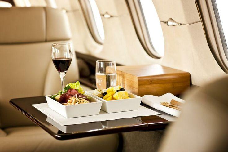 Oltre 25 fantastiche idee su jet privati su pinterest for Grandi jet privati in cabina