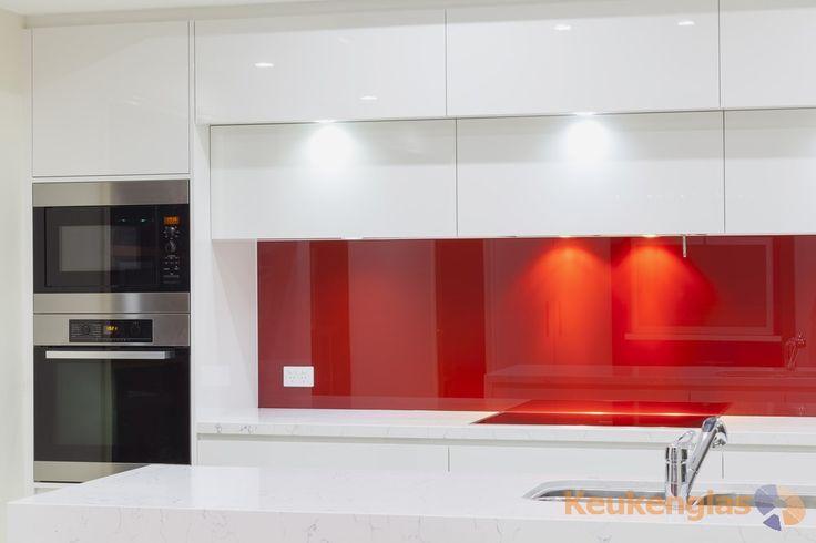 Rode glazen keuken achterwand - Keukenglas