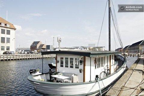 Islandsplads 1Z, 1430 København K - Husbåd på Christianshavn #husbaad #selvsalg #boligsalg #kbh #christianshavn