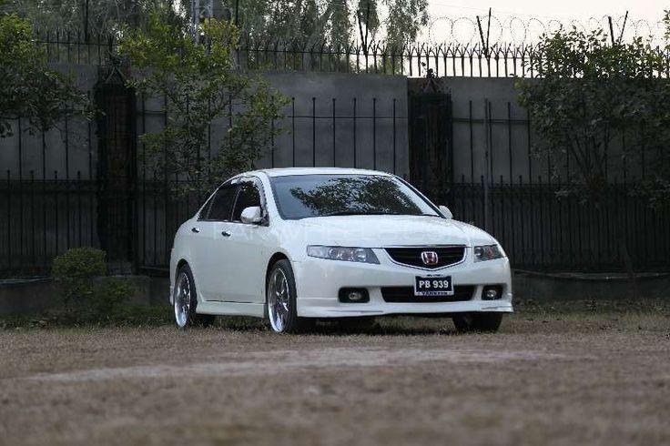 Honda Accord CL9 2002