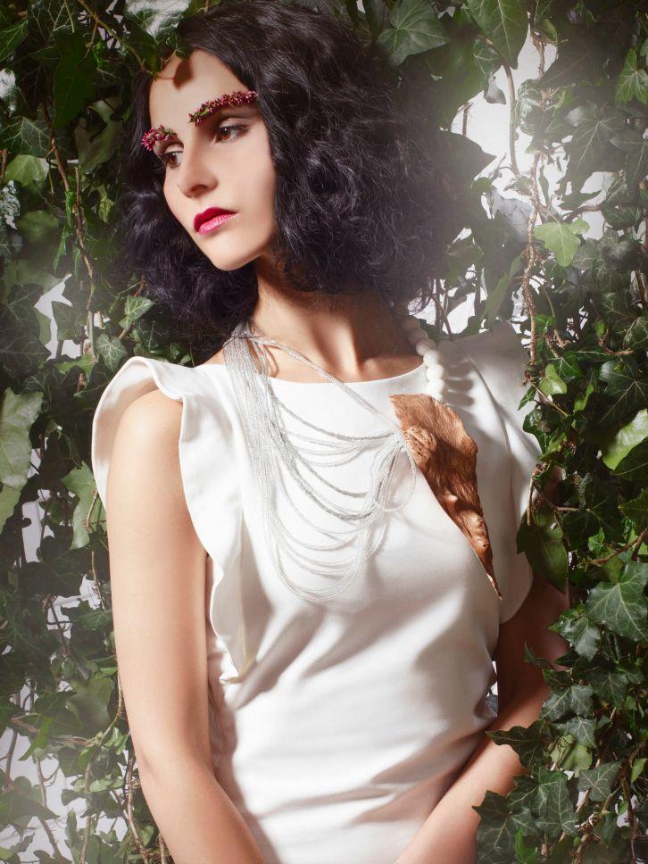 styling, make-up, jewelry, Eva Susanska, eyebrows