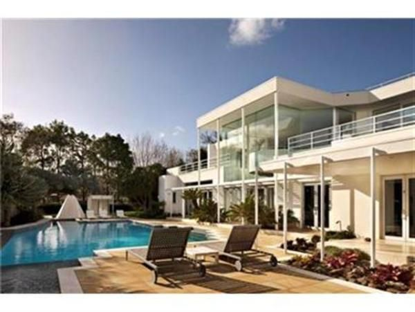Athenree Holiday Home Rental - 5 Bedroom, 5.0 Bath, Sleeps 10
