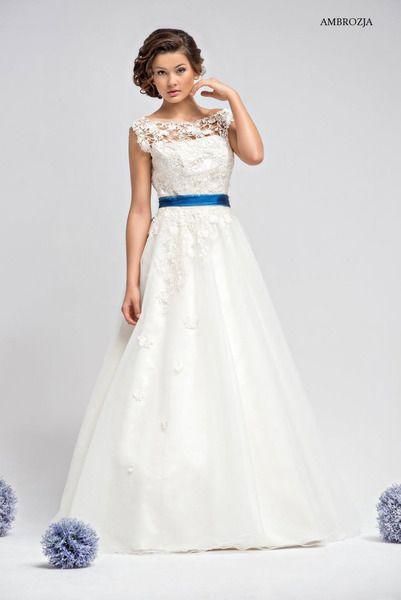 Hochzeitskleider - Romantisches Brautkleid Ambrozja mit Spitze - ein Designerstück von Elegance-Fashion bei DaWanda