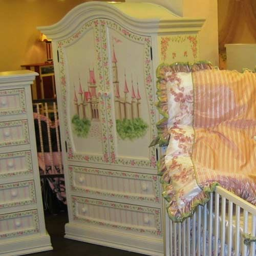 Princess Dreams Armoire in 2020 | Princess furniture ...