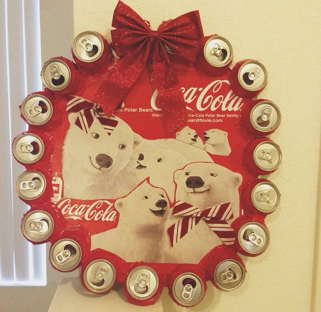 cool things to paint coca cola wreath diy crafts coke 13016