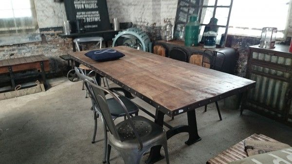 Table de salle manger industrielle extensible deco - Table a manger industrielle ...