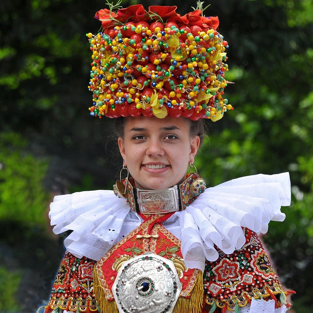 """Traditional bride costume from Schaumburg-Lippe; below you see the whole costume that seemed to me to be very well done. Seen at this years """"Marksmen Parade"""" that I showed some images ago. It was a nice surprise to see this activity there too!  The """"C gmmg"""