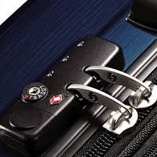 The Samsonite bags Winfield a pair of Fashion HS Spinner twenty permits you to pack all the necessities for a weekend or long trip. consideration solely eight.4 pounds, you'll notice you'll quickly and simply move it beside or behind you at busy airports.