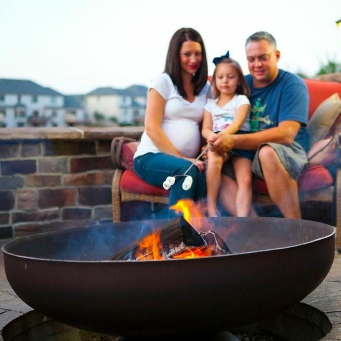 Ohio Flame Patriot 30-Inch Wood Burning Fire Pit Ohio Flame Patriot 30-Inch Wood Burning Fire Pit - Roasting Marshmallows