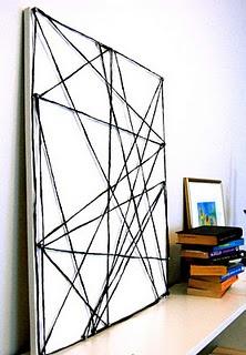 DIY wall art, painting. dit op karton en dan diverse lijsten ervoor met verschillende afbeeldingen, boven op de kast