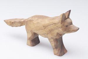 Varg - naturlig och handgjord  träleksak från Predan