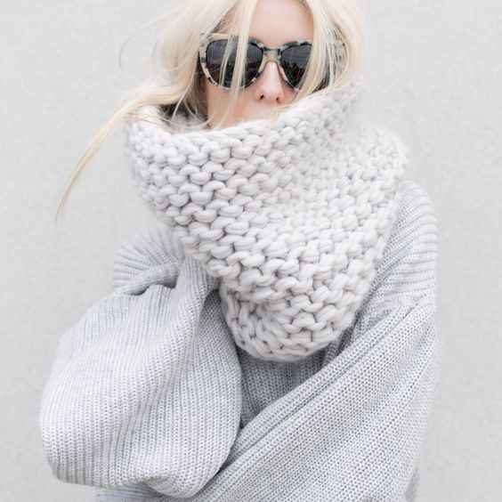 @figtny Style Queen! Love a chunky knit scarf