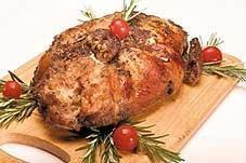 Pollo relleno con salsa de vino tinto y romero - Recetas