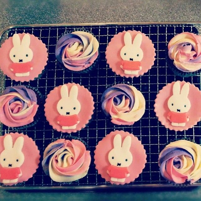 Look at these lovely Miffy cakes!