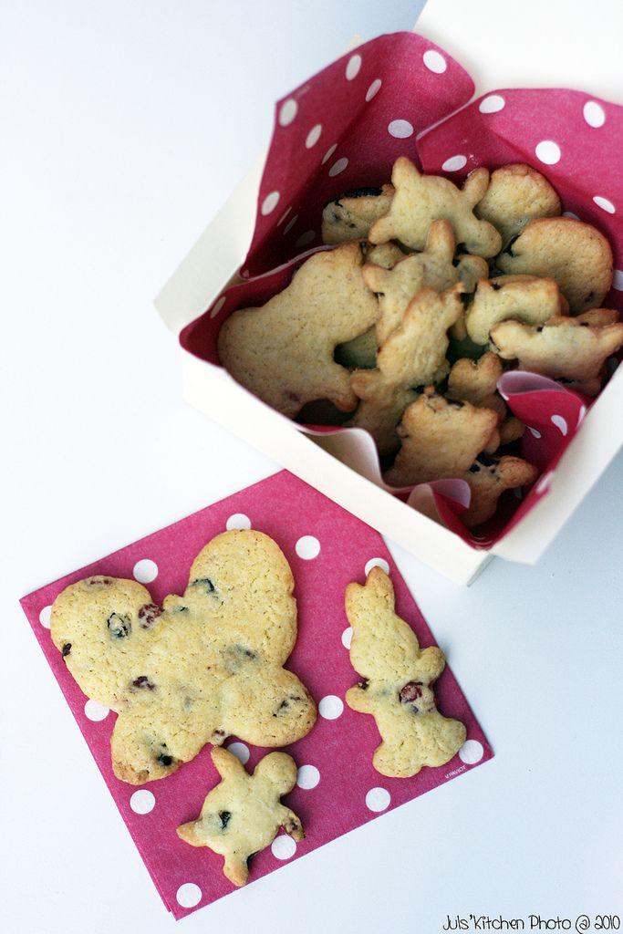 Long pepper and red fruits olive oil cookies