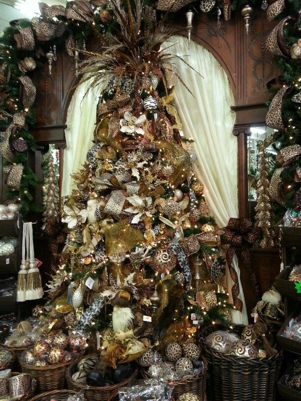 Gold and brown christmas tree christmas spirit pinterest Brown and gold christmas tree