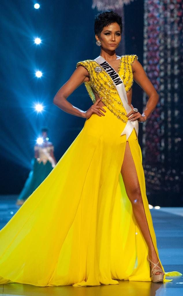 84f43474915 Miss Vietnam from Miss Universe 2018 Evening Gown Competition H Hen Niê