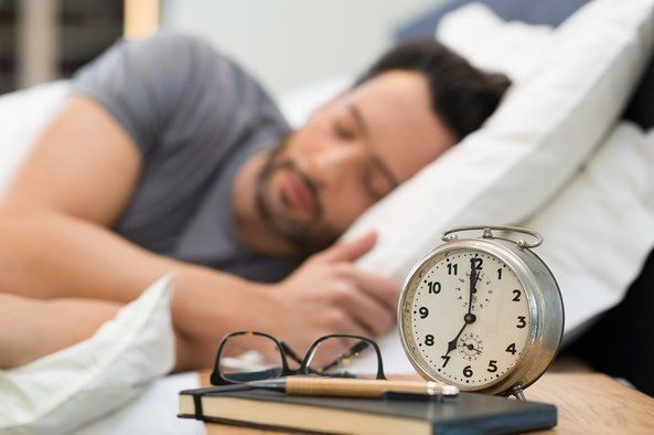 For proper brain function, the human body needs at least 7 to 8 hours of sleep. Sleep deprivation impairs several cognitive and behavioral functions and we look at the symptoms and effects on the brain when you have lack of sleep.