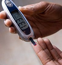 good article on blood sugar spikes after meals even if the correct amount of insulin is given it still rises.