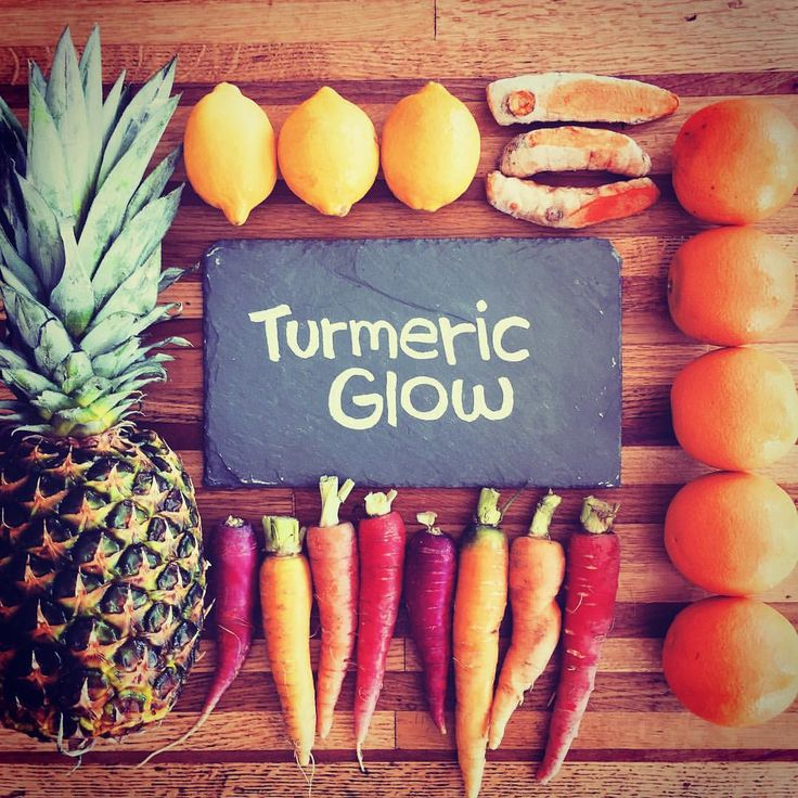 TURMERIC GLOW Pineapple, Carrot, Orange, Ginger &Turmeric Inflammation fighting powerhouse loaded with Vitamins C, A & E, Bromelian, Magnesium, Potassium and Zinc. Relieves pain and reduces inflammation. Heart healthy. Sunshine in a bottle!  SATURDAY @cityfoodstudio 9-1 & @Kingfield Farmers Market 9-1:30. #rawjuice #vegannutmilk #powershots #farmtobottle #greenbeejuicery #kingfieldfarmersmarket #cityfoodstudio