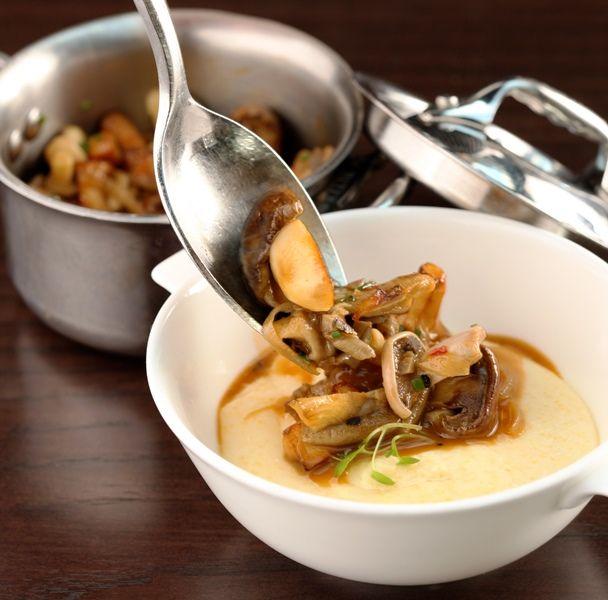 Receita: polenta cremosa com cogumelos, do chef Scott Conant - Arnaldo Lorençato – Como, logo existo