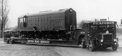 Scammell 100 tonner. First built in 1929, Pickfords operated them into the 1950's
