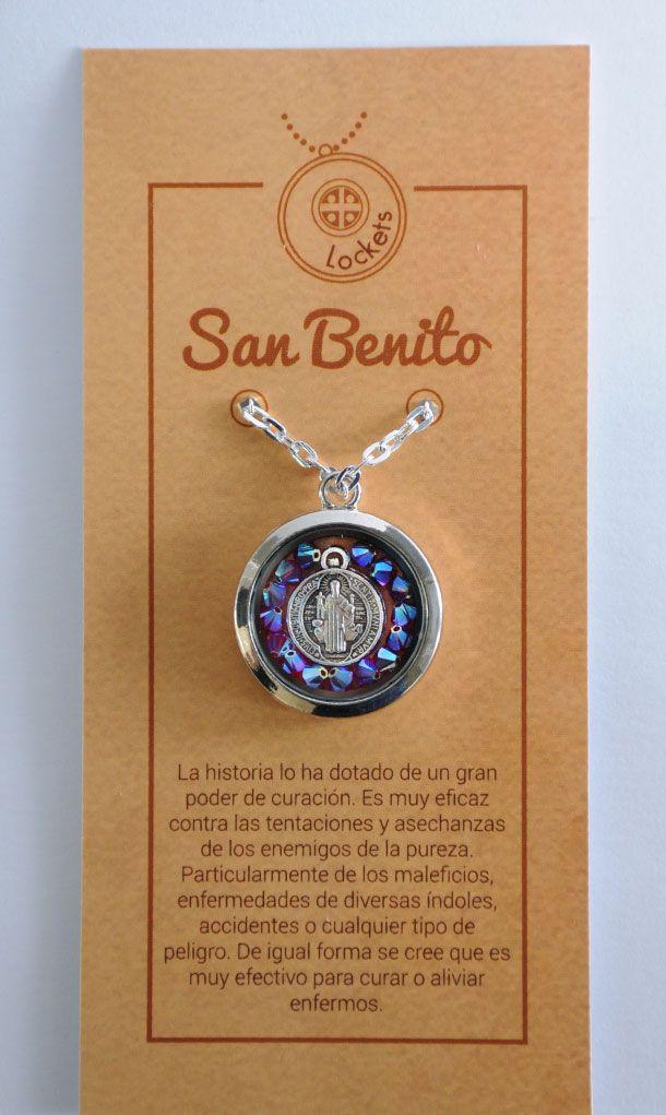 Collar locket con dije San Benito con baño en plata.