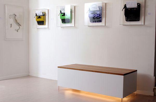 Panca in legno di design effetto sospensione | Wood design bench | Umberto Dattola