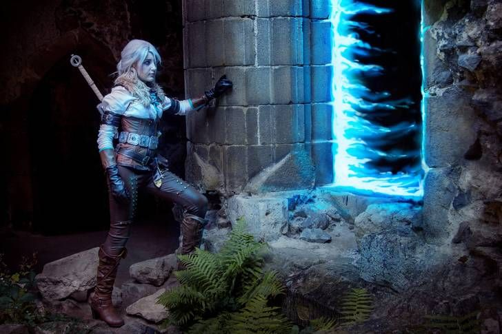 Me as Ciri, exploring an ancient elven temple (The Witcher 3: Wild Hunt cosplay)