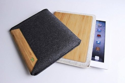 iPad Stays Safe In Slim, Eco-Friendly Sleeve