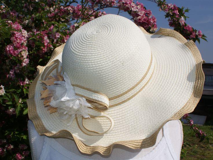 Chapeau Eglantine au prix de 16,99€