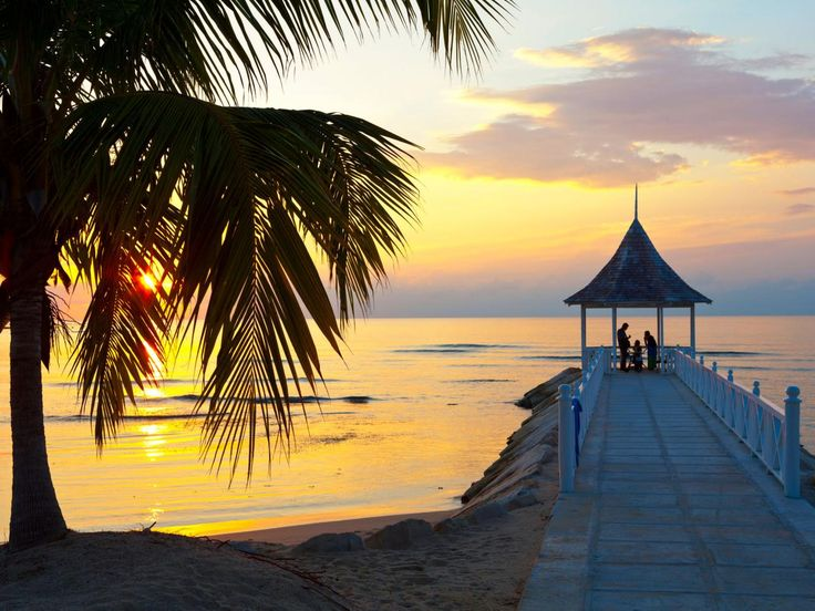 Is this love, or is it just the beautiful sunset over Montego Bay? Not only does Montego Bay offer sunsets to die for, but it also provides visitors with several pristine beach resorts for lounging in luxury.