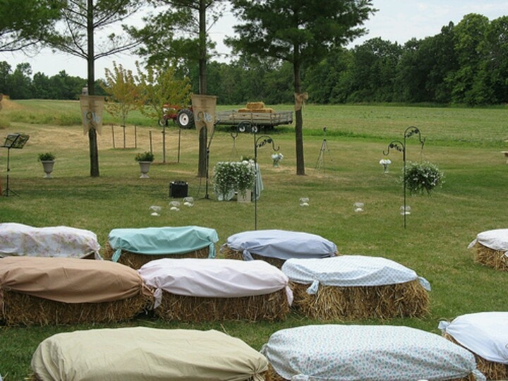 Buiten (boeren) bruiloft