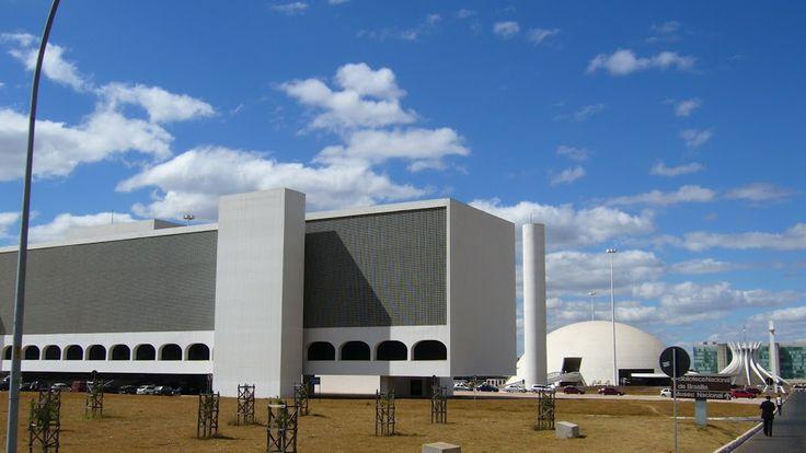 Trojice knihovna, muzeum a slavná katedrála v Brasília