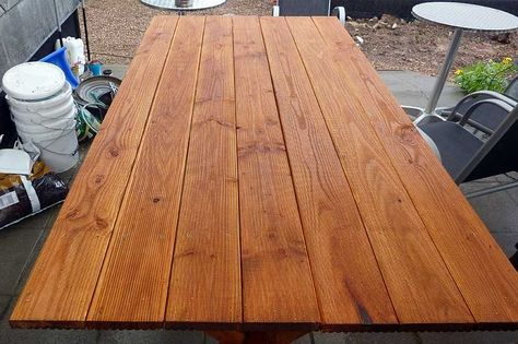 Gartentisch selber bauen. Garden table self made.   – Nadine Boddi